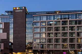מלון פבליקה